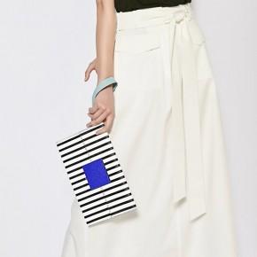 MeK黑白直條紋Clutch Bag